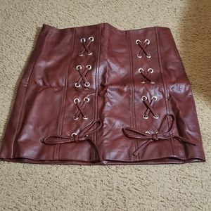 BRAND NEW Womens faux leather skirt